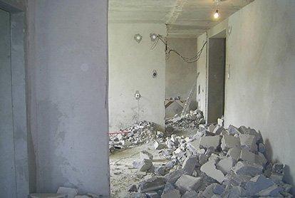 Частичные демонтажные работы в квартире 46 м2
