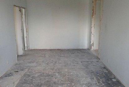 Основные демонтажные работы в комнате 15 м2