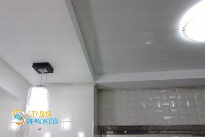 Дизайнерский ремонт санузла в однокомнатной квартире 44 кв.м. фото-1