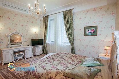 Дизайнерский ремонт спальни 20 кв.м.