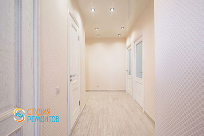 Евроремонт коридора в двухкомнатной квартире 46 метров
