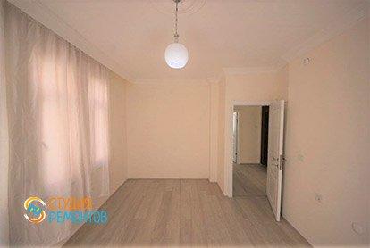 Капитальный ремонт жилой комнаты в 4-х комнатной квартире 77 кв.м.