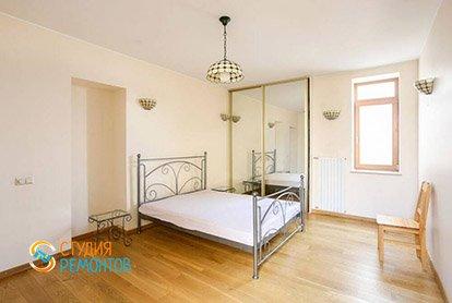 Капитальный ремонт спальни в 4-х комнатной квартире 77 кв.м.