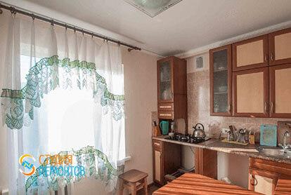 Косметический ремонт кухни в трехкомнатной квартире 66 кв.м.