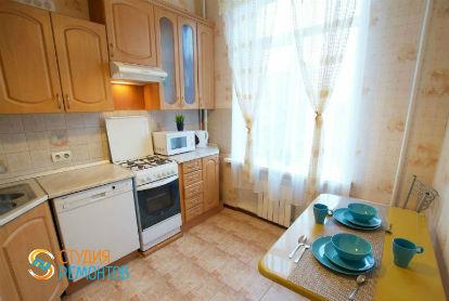Косметический ремонт кухни в двухкомнатной новостройке 42 кв.м.