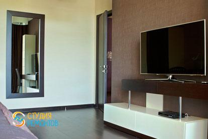 Евроремонт спальни в однокомнатной квартире 42 м2 фото-2