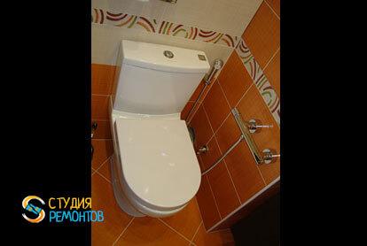 Отделка туалета плиткой 1,2 кв.м.