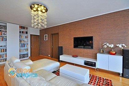 Евроремонт зала в 5-комнатной квартире 95 кв.м.