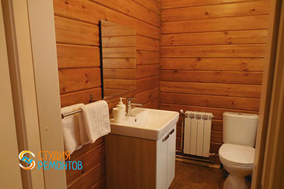 Капитальный ремонт туалета в коттедже из бруса 40,5 квадратов