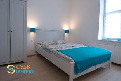 Евроремонт комнаты-студии в квартире 29 м2 фото-2