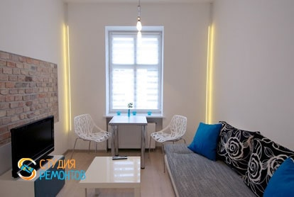 Евроремонт комнаты-студии в квартире 29 м2 фото-3