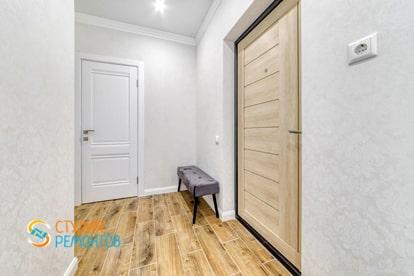 Косметический ремонт прихожей в квартире 30 кв.м.
