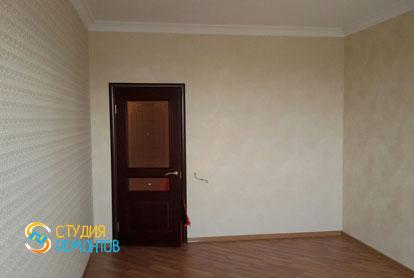 Косметический ремонт гостиной комнаты в квартире 44 м2 фото 2