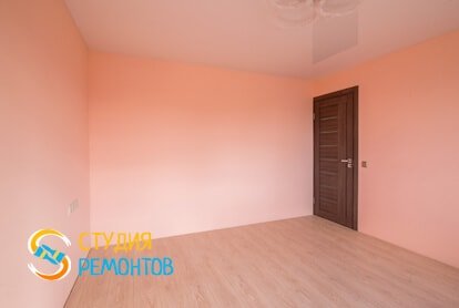 Капитальный ремонт спальни в квартире 60 кв.м. фото 2