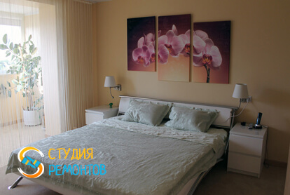 Евроремонт спальни совмещенной с балконом в квартире 80 м2